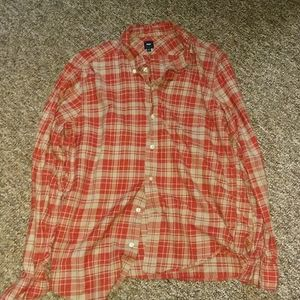 Men's L Gap button down shirt red and grey plaid